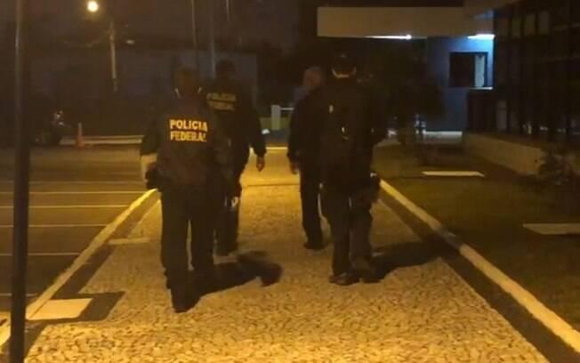 Operação da PF em sete estados mira núcleo financeiro de facção criminosa