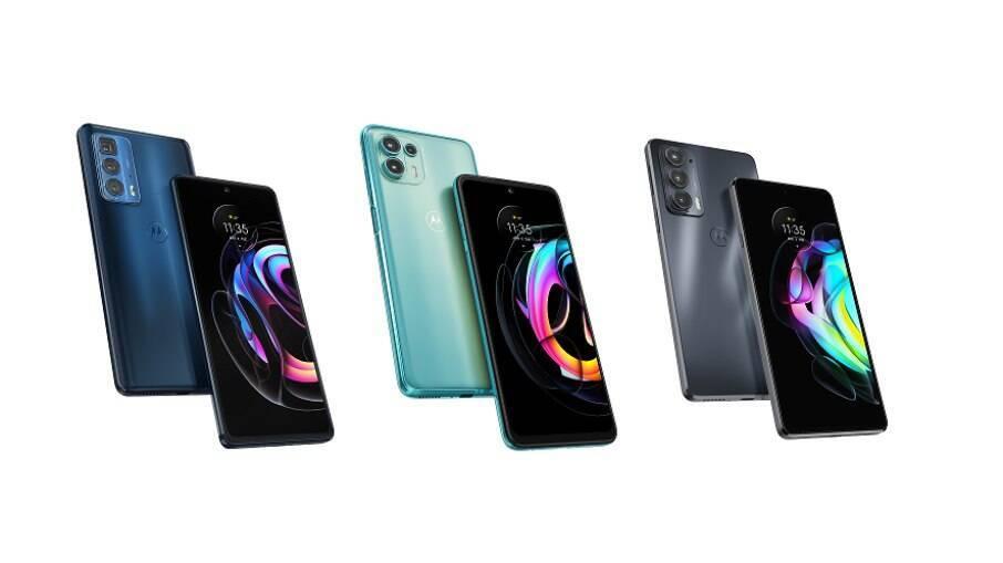 Da esquerda para a direita: Motorola Edge 20 Pro, Motorola Edge 20 e Motorola Edge 20 Lite