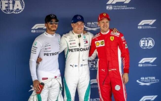 Valtteri Bottas superou o companheiro de equipe, Lewis Hamilton, e garante pole no GP da Rússia de Fórmula 1