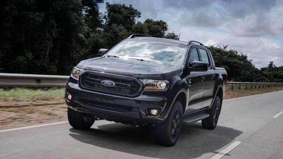 Após começo difícil, Ford Ranger Black 2022 foi destaque entre as picapes médias em março