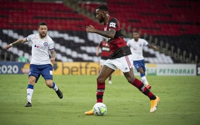 Gerson acusa jogador do Bahia de racismo durante a partida