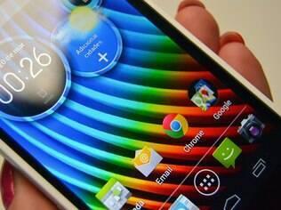 Razr D3 roda versão 4.1 do Android