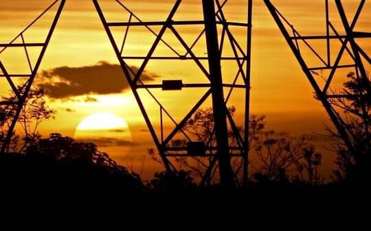 Consumo de energia elétrica do País atinge maior demanda do ano - Infraestrutura - iG