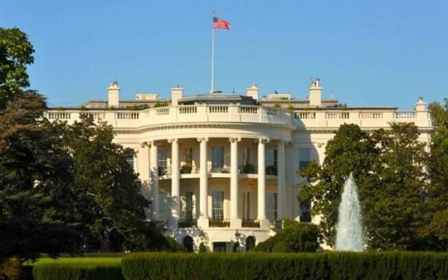 FBI investiga explosivo supostamente enviado à Casa Branca e à sede da emissora de televisão CNN