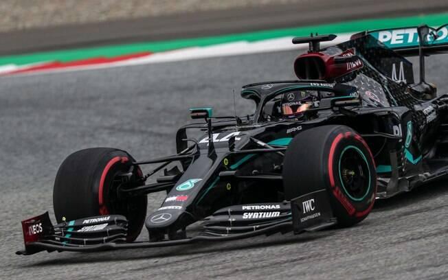 Hamilton dominou os primeiros treinos livres para o GP da Áustria