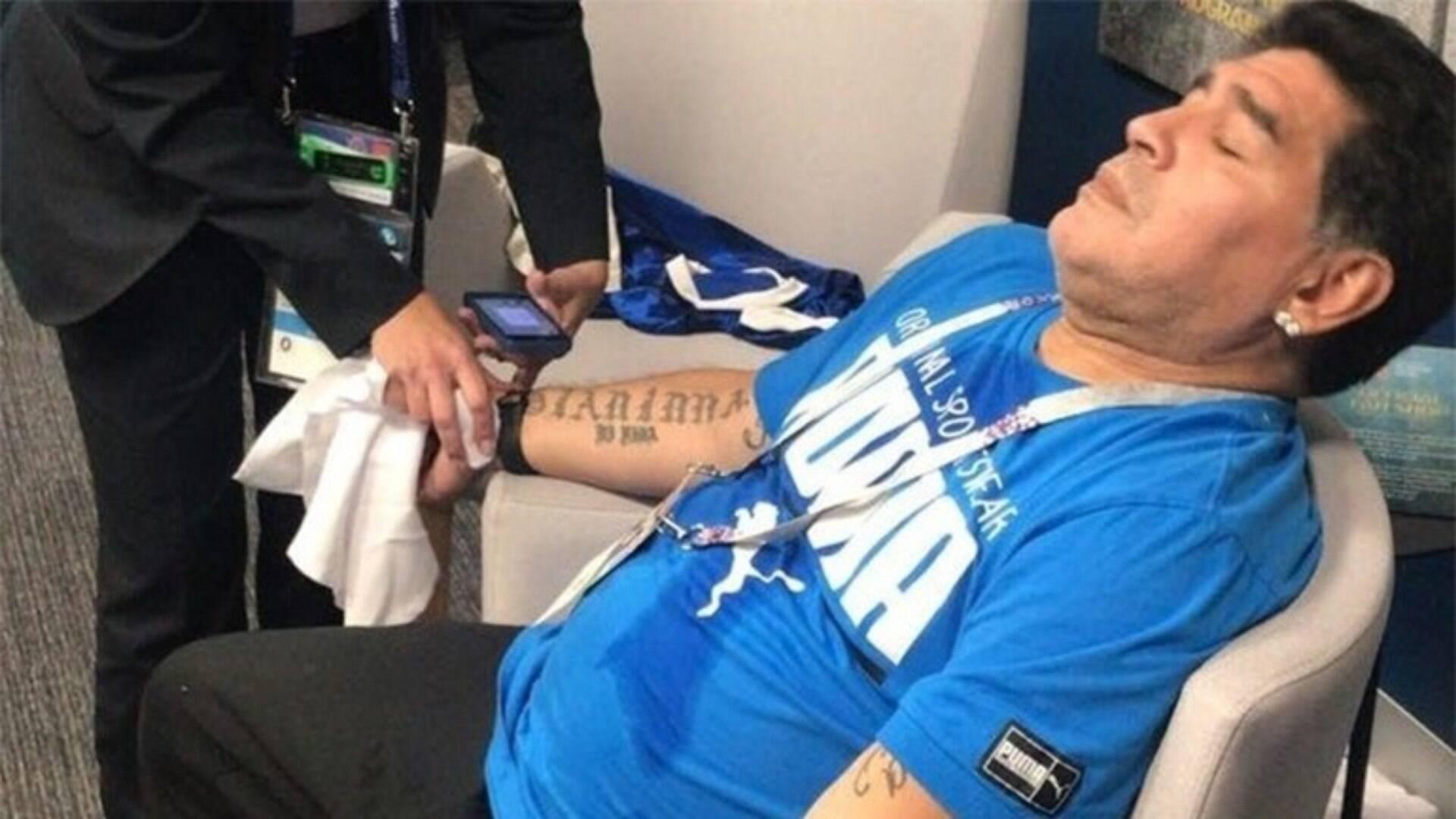 Filhas de Maradona querem internação contra alcoolismo. Vídeo foi a gota d'água - Internacional - iG