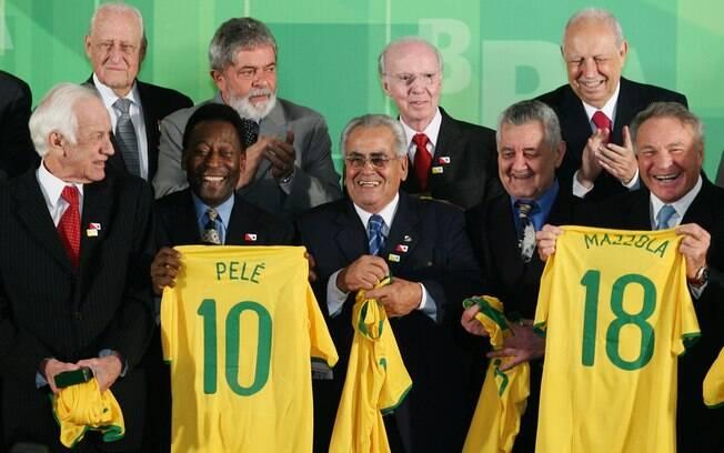 Em 2008, Havelange participou de cerimônia em  Brasília em homenagem aos campeões mundiais de  1958, entre eles Bellini, Pelé, Zito, Orlando e  Mazzola