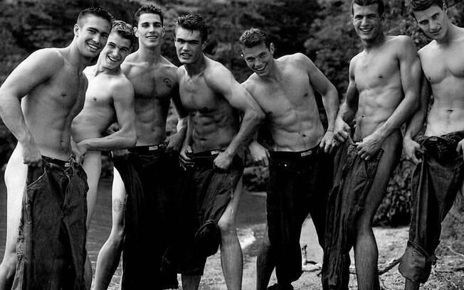 Campanha de moda Bruce Weber. Ele e Mario Testino foram acusados de assédio por modelos