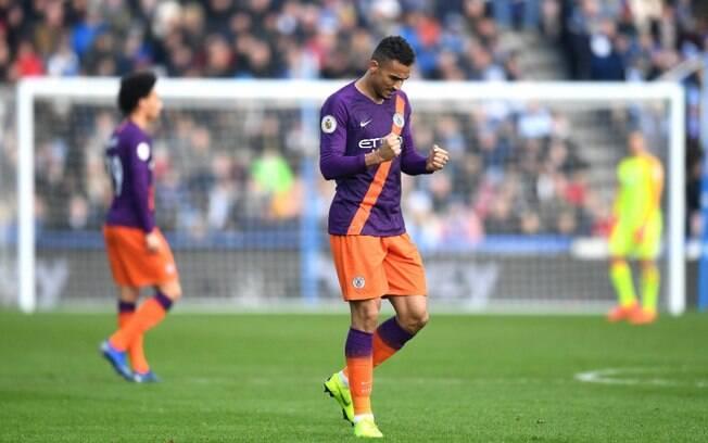Danilo, lateral do Manchester City, marcou o gol de nº 100 da equipe na atual temporada