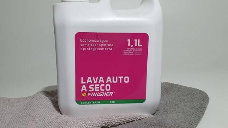 Lava Auto a Seco Finisher é simples de usar e ainda ajuda a economizar água e dinheiro em lavagens profissionais.