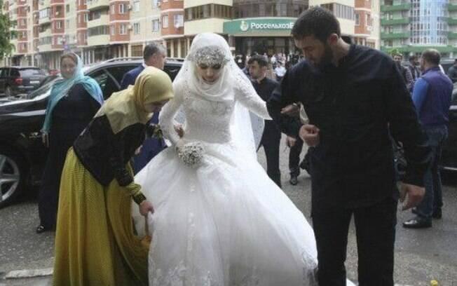 Segundo imprensa local, família da noiva foi ameaçada