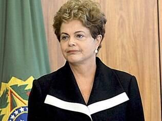 Senadores da oposição descartam processo de impeachment de Dilma