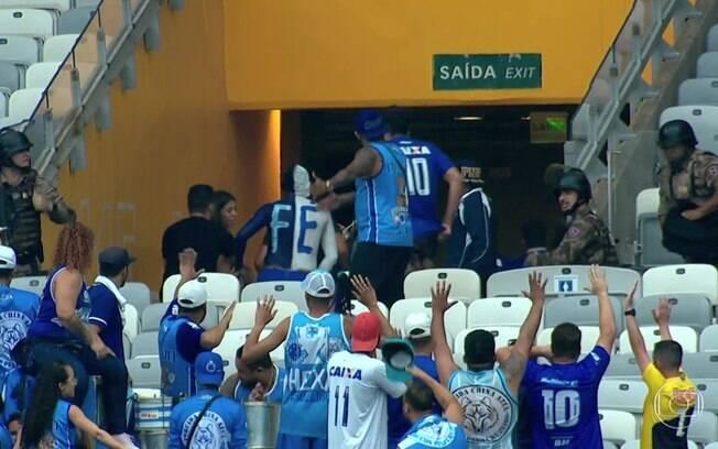Torcedores do Cruzeiro vandalizaram o Mineirão