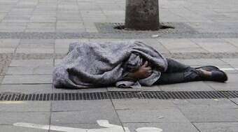 Mulher morre na rua em SP e suspeita é de hipotermia