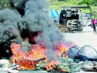 Nova Era. Manifestantes reclamaram dos constantes acidentes e pediam indenização por danos