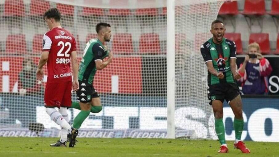 Com gol e assistência de Vitinho, Cercle Brugge volta a vencer no Campeonato Belga