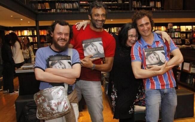 Matheus Nachtergaele, Domingos Montagner e João Miguel garantiram seus exemplares autografados