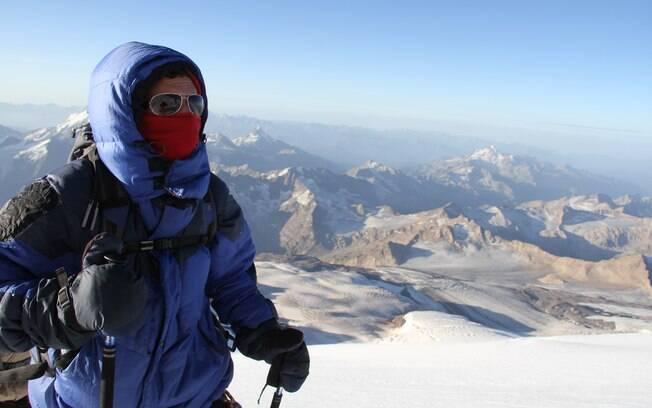 Igor Galli conta a experiência de escalar a maior montanha da Europa