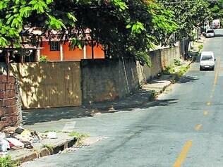 Perseguição a jovem teve início em beco e terminou na rua Sarzedo