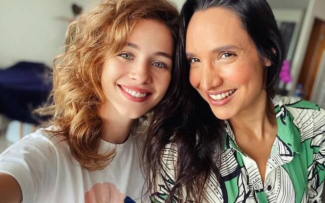 Laryssa Ayres e Maria Maya