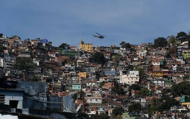 Quase 2/3 da favelas estão a menos de dois quilômetros de hospitais, diz IBGE