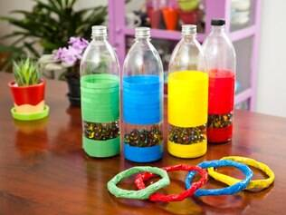 Brinquedos com material reciclado divertem e ensinam ao mesmo tempo