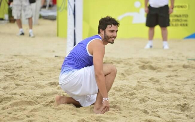 Thiago Rodrigues participou do jogo beneficente na manhã deste domingo (27)