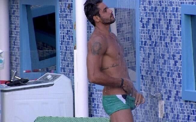 Diego brinca com Franciele