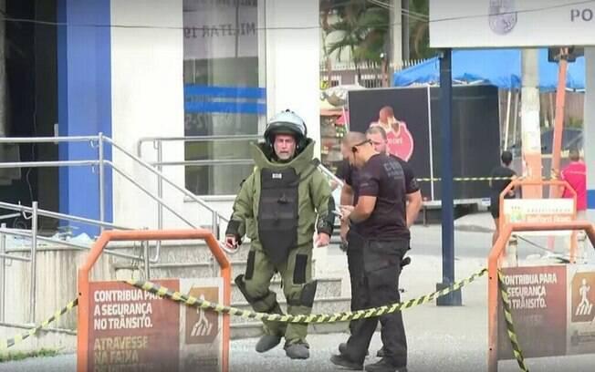 Esquadrão antibombas precisou ser chamado para desarmar artefato deixado pelos bandidos