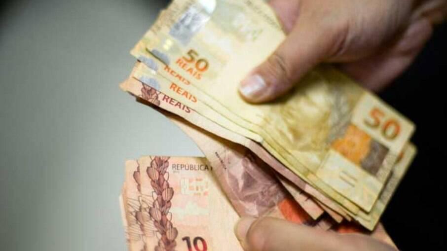 LDO de 2022 prevê salário mínimo de R$ 1147,00, sem ganho real