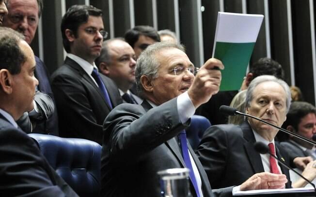Acabou a lógica de procurar tocar o Brasil para a frente naquele ambiente fechado do Congresso, com quase mil pessoas esbravejando, se engalfinhando e soltando perdigotos