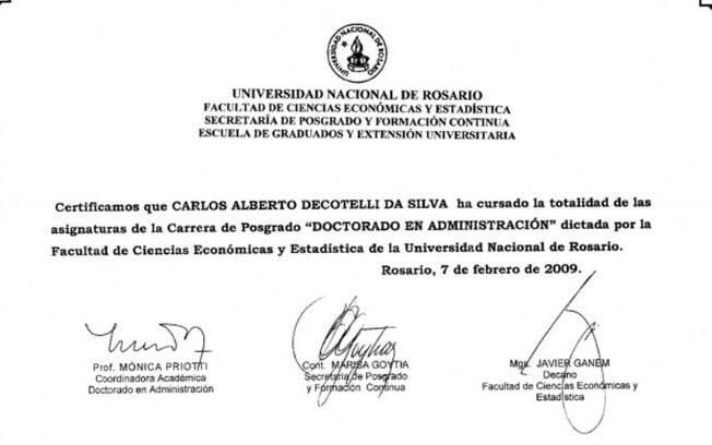 Diploma foi divulgado pelo MEC após declaração de reitor.
