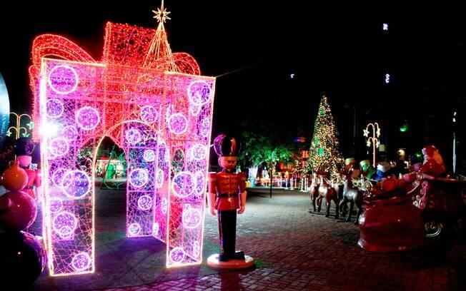 Praça do Gazebo%2C onde o Papai Noel foi recepcionado para o início do Natal dos Sonhos