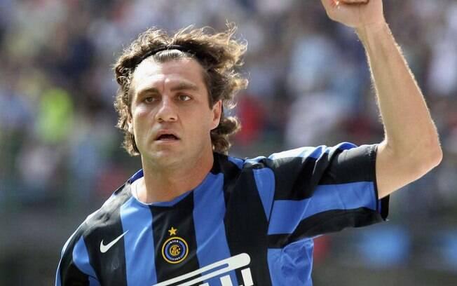 Em 2009, o atacante italiano Vieri foi anunciado pelo Botafogo-SP, e semanas depois pelo Boavista-RJ. Não jogou em ambos. Foto: Getty Images