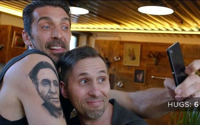 Buffon já fez uma tatuagem%2C mas foi de mentira
