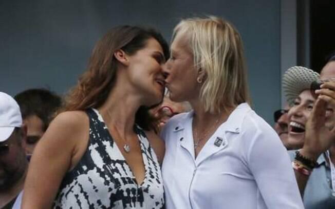 Martina Navratilova pede sua parceira em casamento na semifinal masculina do US Open 2014