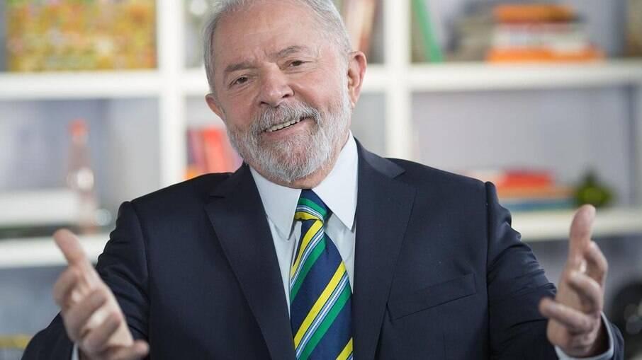 Lula critica Bolsonaro em fala sobre 7 de setembro: