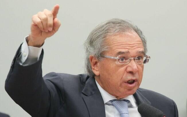 Paulo Guedes, ministro da Economia, teria cobrado