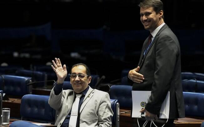 Jorge Kajuru (Cidadania-GO) usou o plenário do Senado e disse que o presidente Davi Alcolumbre não gosta de trabalhar