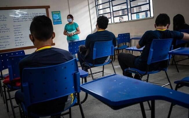 MEC publica regras para educação básica