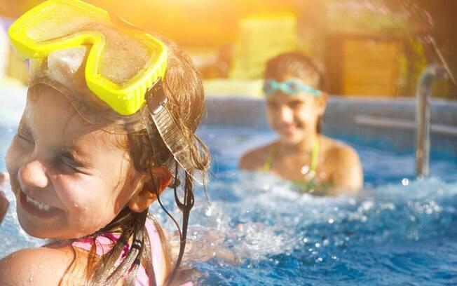 Faça a festa na piscina