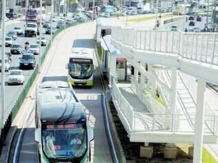 O corredor do Move da avenida Cristiano Machado já está em operação