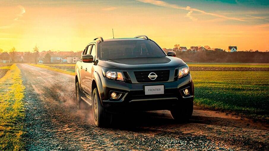 Nissan Frontier X-Gear 2021 marca o último ciclo do visual da picape, que será reestilizada no ano que vem
