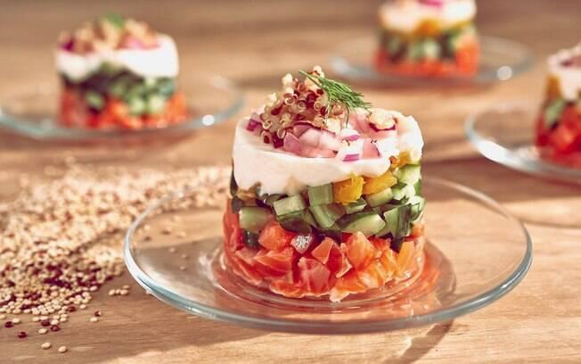 Receitas fáceis: tartar de salmão é uma pedida para uma almoço magrinho e diferente