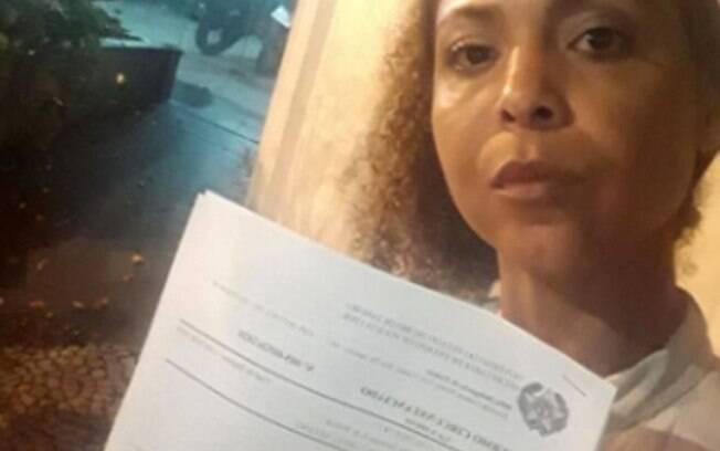 Vanessa Coelho denuncia preconceito racial em loja na Saara após ser acusada de roubo