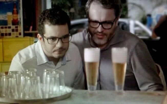 Felipe deixa reabilitação e vai direto para o bar
