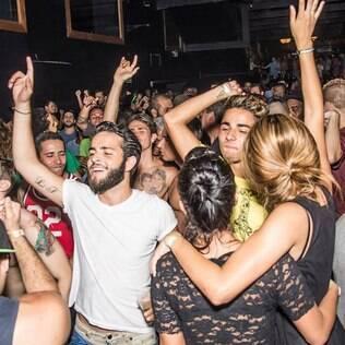Festa Wallpaper - Todos os estilos de música e todos os estilos de público juntos em um único lugar