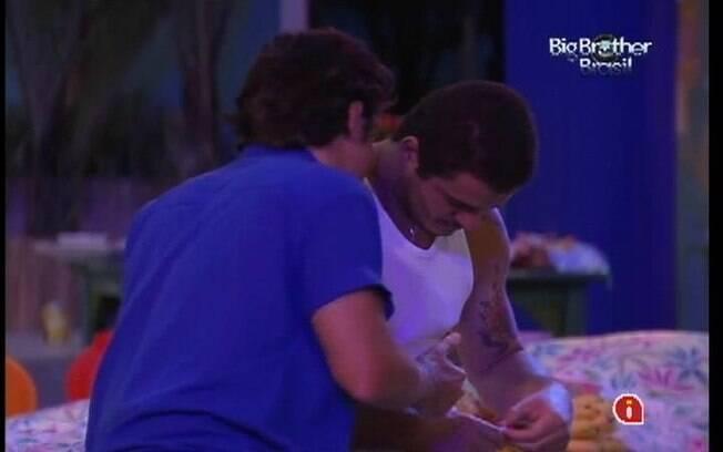 João Maurício revela sua indicação a Rafa, caso seja Líder
