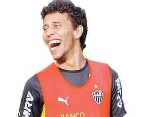 Confiante. Mesmo fora da estreia, Marcos Rocha acredita que o atual grupo do Atlético tem plenas condições de lutar pelo bi