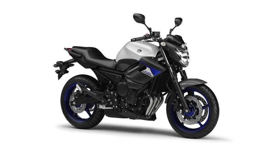 Yamaha XJ6-N a naked anda bem com motor de 600 cc de cilindradae que pode gerar até 77 cv de potência
